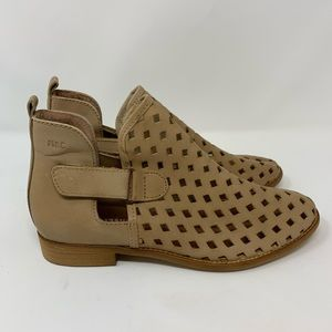 Musse & Cloud NWOB Calia Laser Cut Boots